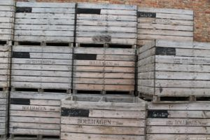 Kisten auf dem Gut Vorder Bollhagen