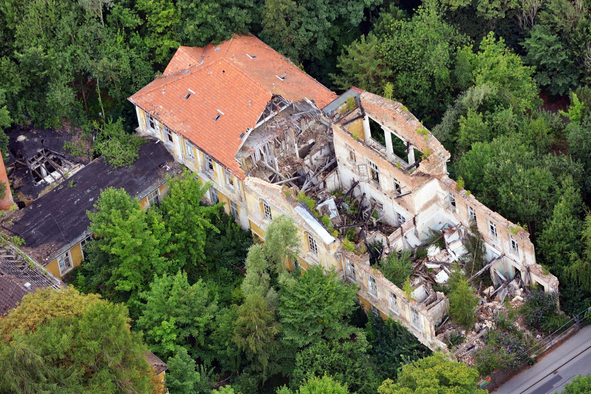 Luftbild Ruine Stahlbad - altes Moorbad Bad Doberan