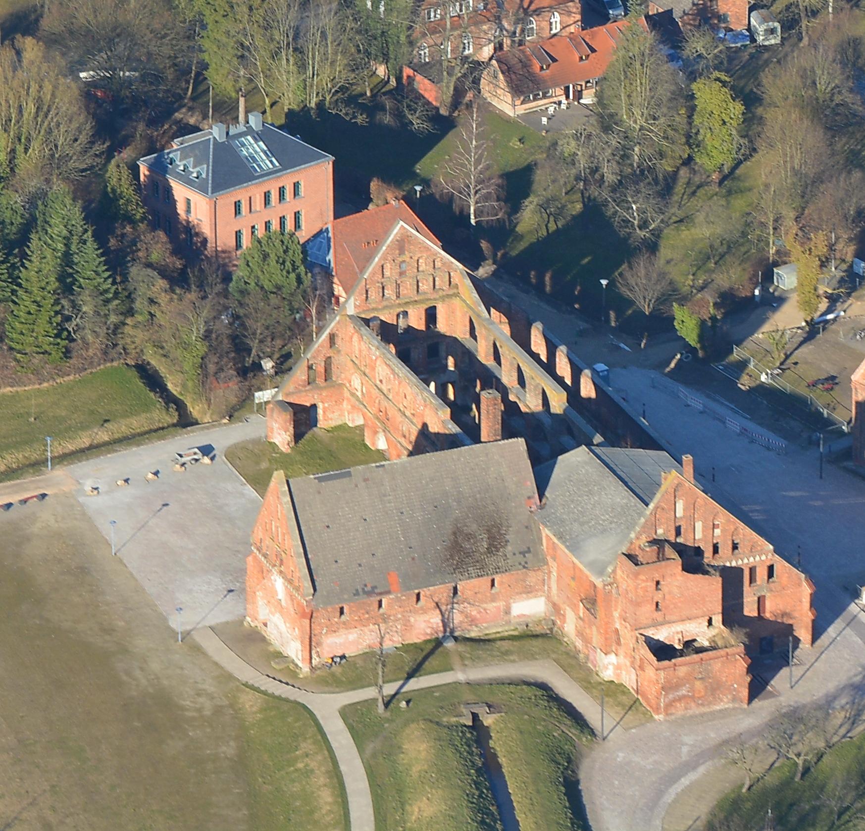 Luftbild Wirtschaftsgebäude Wassermühle Bad Doberan