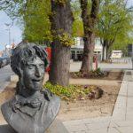 Was hat Frank Zappa mit Bad Doberan zu tun? Warum gibt es ein Zappa-Denkmal?